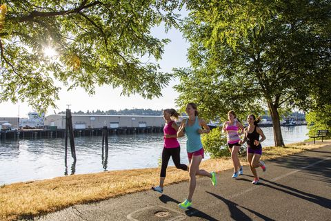 4 running workouts you can do in your lunch hour