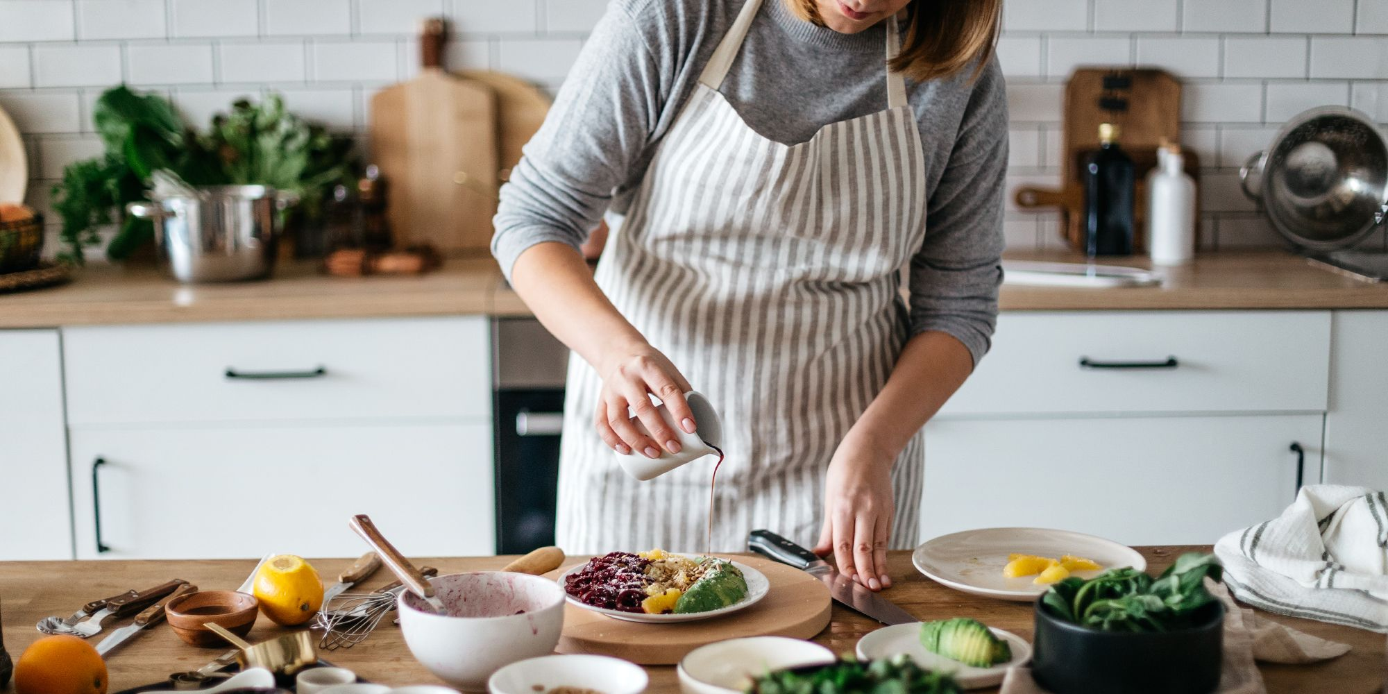 11 Cute Kitchen Aprons for Women 2019 - Cooking Aprons for Chefs