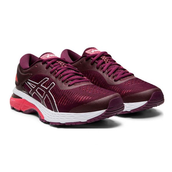 Our Favorite Asics Shoes Are on Sale at JackRabbit