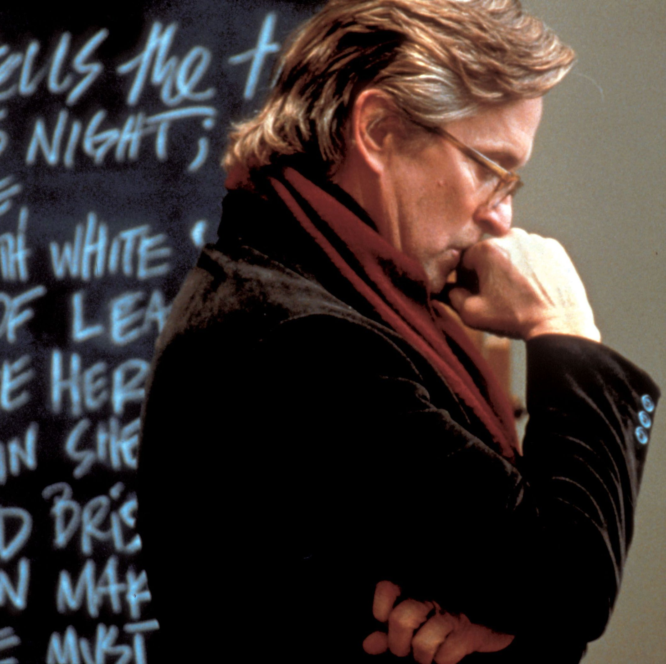 Wonder Boys Michael Douglas is a creative writing professor struggling to finish the follow-up to his smash-hit debut in Curtis Hanson's great 2000 comedy, co-starring Tobey Maguire, Frances McDormand, Katie Holmes, Rip Torn, and Robert Downey Jr.