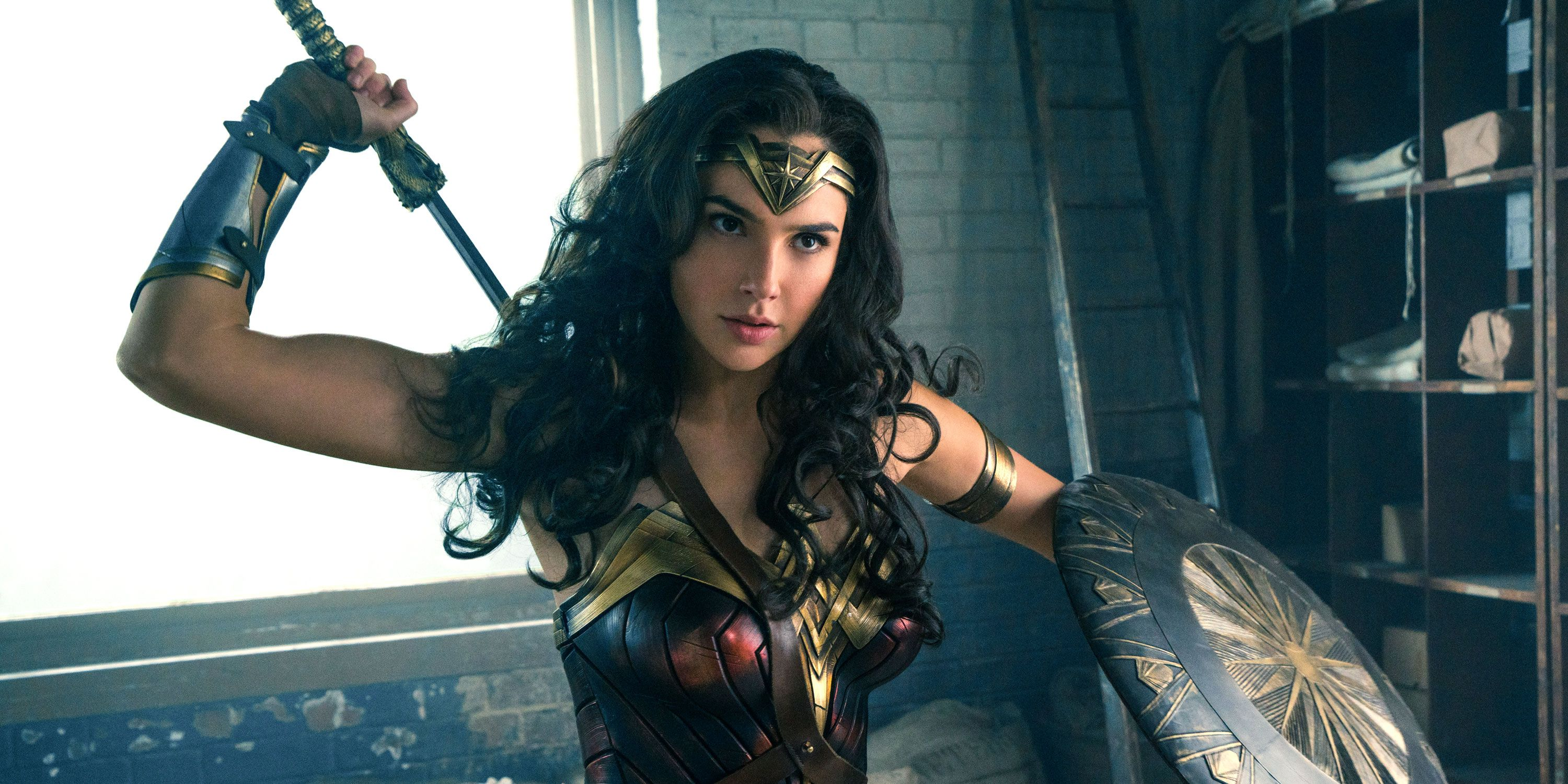 """Internet Baby-Men Start Crying Because There's a Couple """"Women Only"""" Wonder Woman Screenings"""