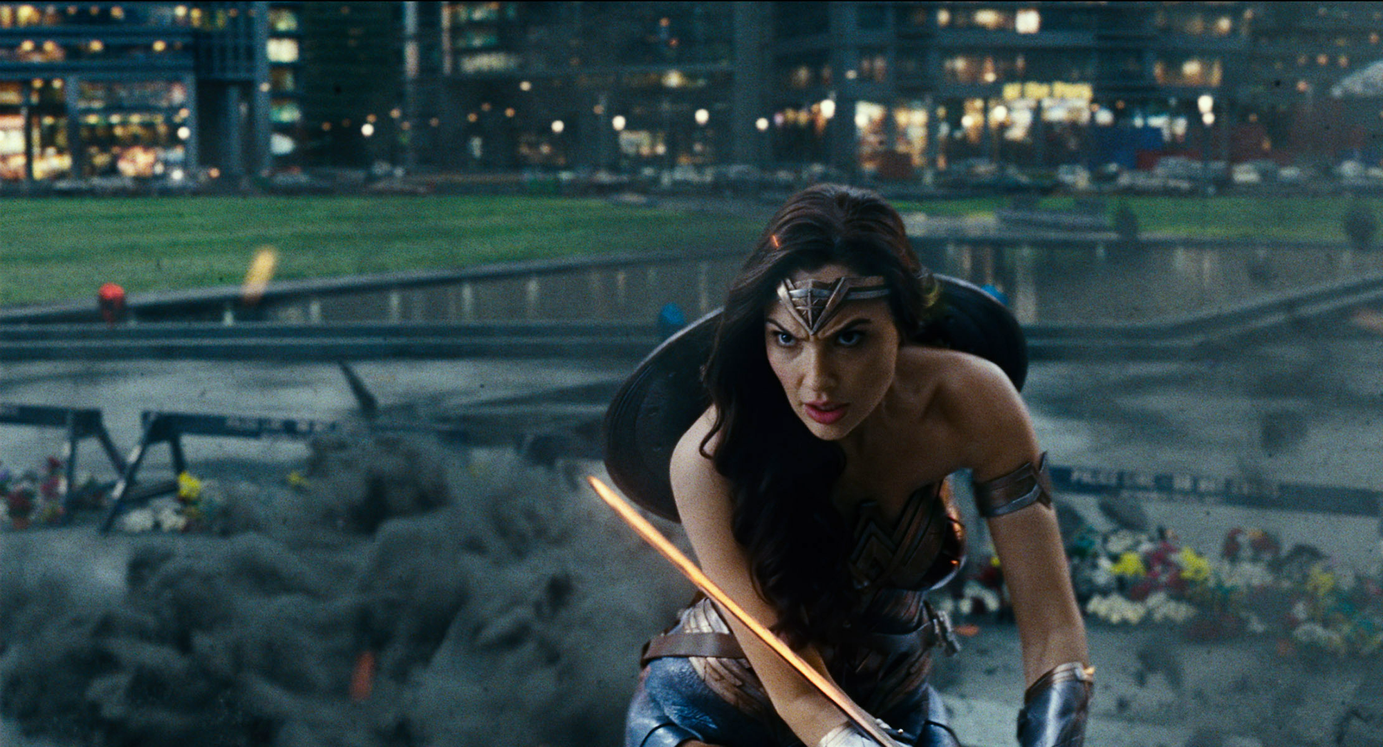 The Best Things Wonder Woman Does in Justice League - Justice League