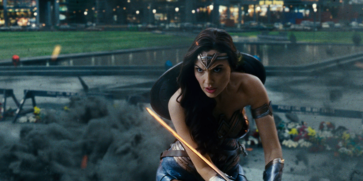 The 28 Best Things Wonder Woman Does in Justice League