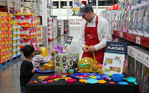 Sams Food Store >> Sam S Club Is Having A Huge Holiday Sample Event This Weekend