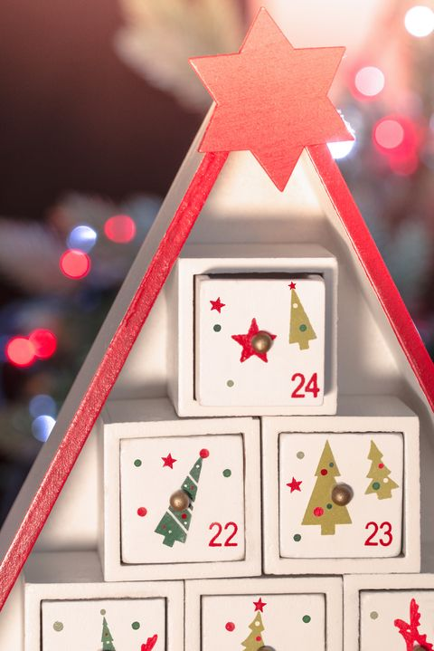 How To Make A Wooden Advent Calendar Christmas Crafts