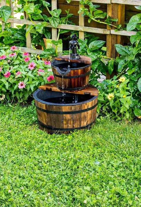 wooden barrel water fountain - Garden Fountains