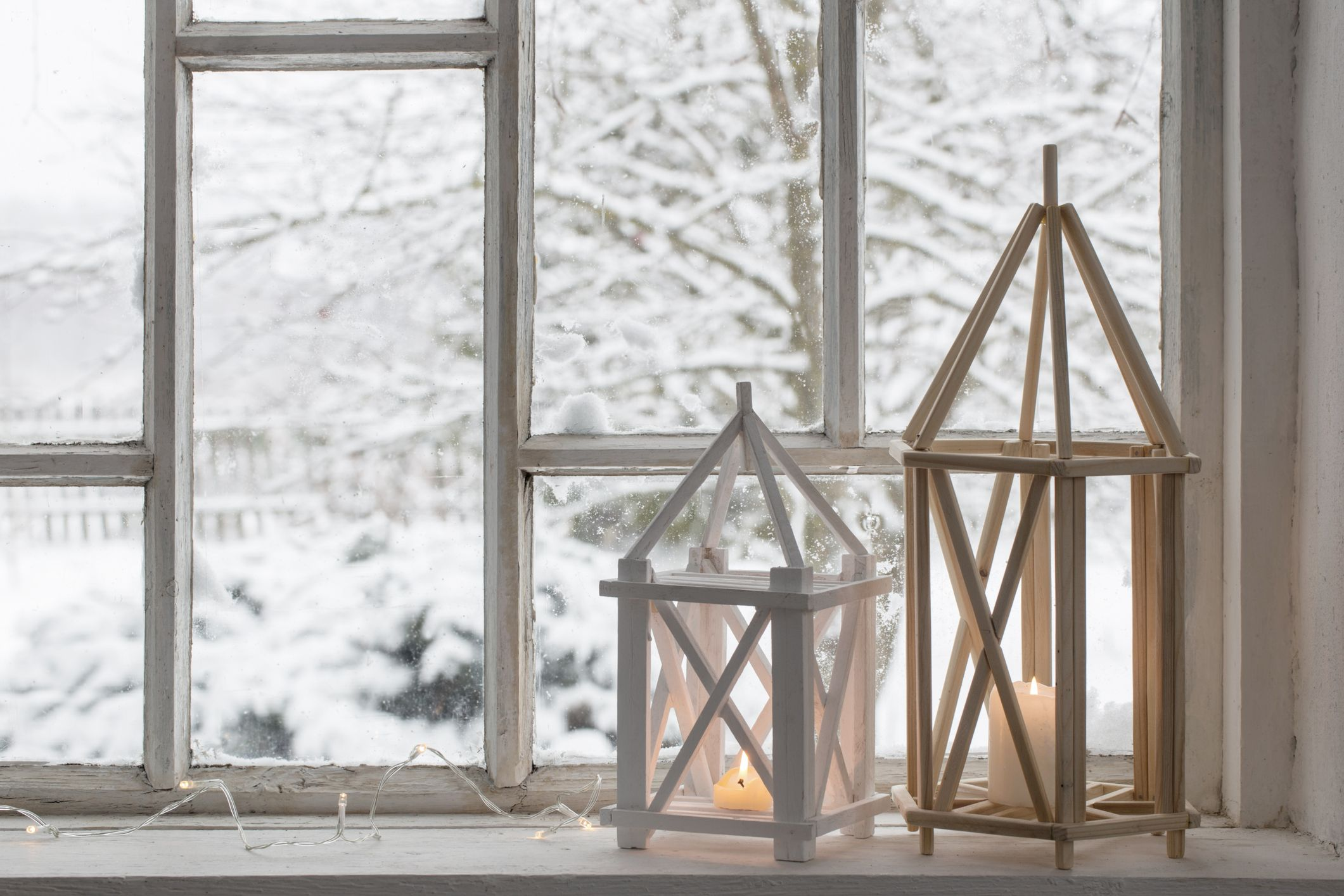 22 Creative Window Sill Decor Ideas How To Decorate A Window Sill