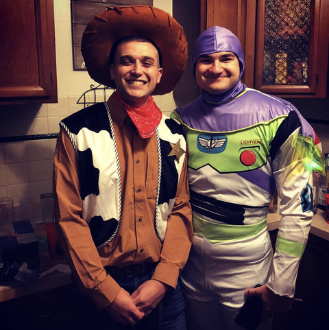 Halloween Duo Costumes 2019.50 Best Couples Halloween Costumes 2019 Funny Couples Costumes