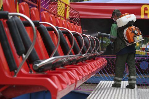 amusement rides open in minsk, belarus after winter break