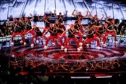 Team, Musician, Stage, Musical ensemble, Performance, Sport venue, Performance art, Event, Stadium, Musical theatre,