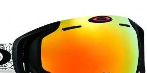 Oakley-goggles-2-e1351548113222-300x216.jpg