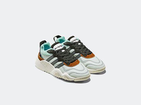 Shoe, Footwear, Sneakers, Product, Walking shoe, Turquoise, Outdoor shoe, Sportswear, Athletic shoe, Beige,