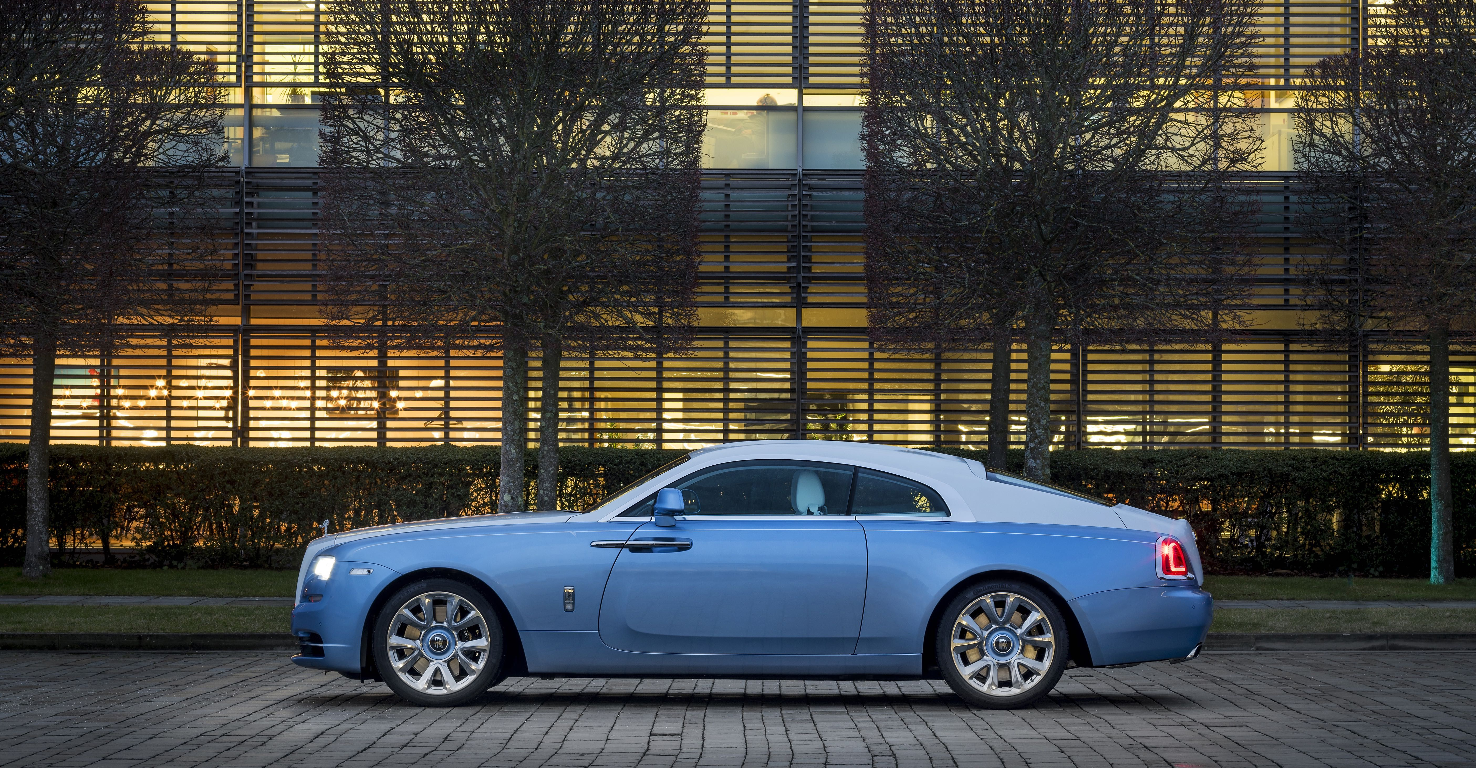 Rolls Royce Falcon Wraith Captivates With Detailed Embroidery