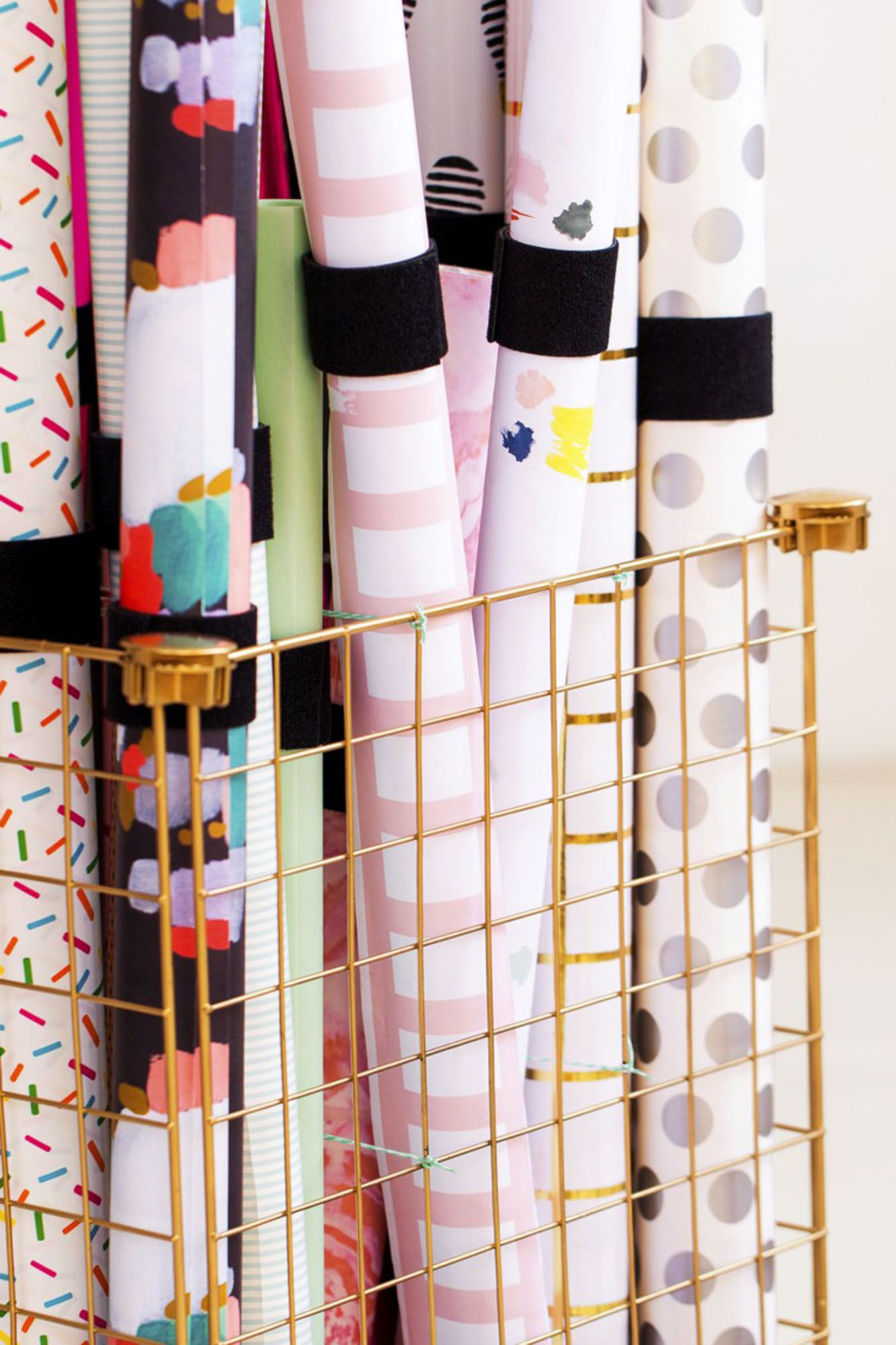 Gifts For Organizers >> How To Organize Wrapping Paper 15 Gift Wrap Organization Ideas