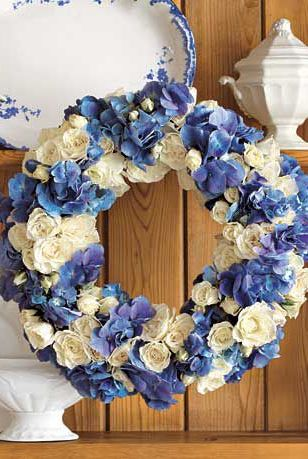 Blue, Wreath, Cobalt blue, Christmas decoration, Flower, Cut flowers, Plant, Rose, Hydrangea, Rose family,