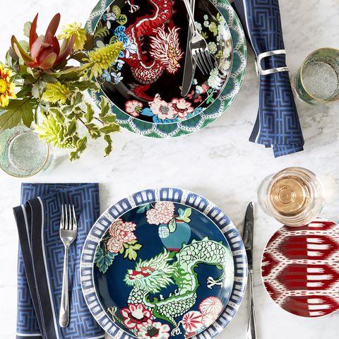 Plate, Dishware, Textile, Platter, Tableware, Table, Still life,