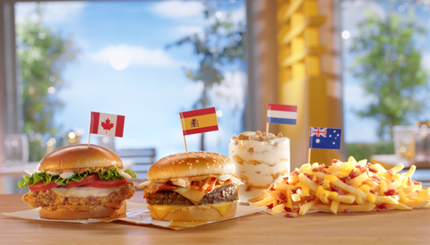 Dish, Food, Junk food, Fast food, Cuisine, Hamburger, Cheeseburger, Kids' meal, Slider, Veggie burger,