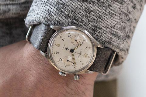 Đồng hồ bấm giờ quân sự lemania monopusher những năm 1960