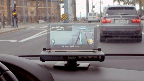 Motor vehicle, Mode of transport, Vehicle, Windshield, Car, Transport, Automotive exterior, Lane, Road, Automotive window part,