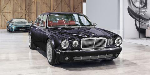 Land vehicle, Vehicle, Car, Luxury vehicle, Sedan, Grille, Automotive design, Coupé, Classic car, Daimler sovereign,