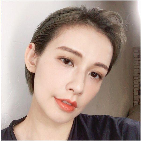 《我們不能是朋友》袁艾菲飾演韓可菲性感短髮造型