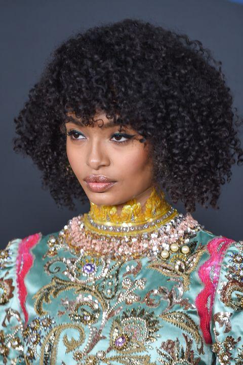 yara shahidi   curly bangs