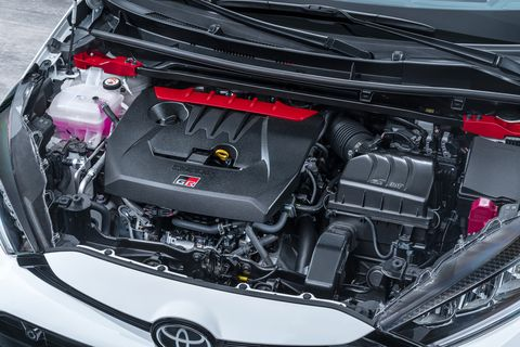 Land vehicle, Vehicle, Car, Engine, Auto part, Toyota yaris, Toyota, Hatchback, Hood, Toyota auris,