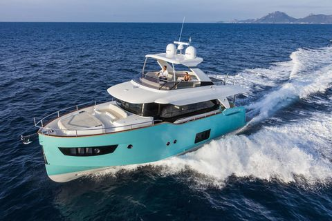 Vehicle, Yacht, Water transportation, Boat, Luxury yacht, Naval architecture, Ship, Watercraft, Boating, Speedboat,