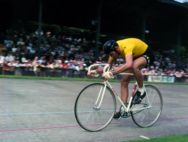 Eddy Merckx tras ganar el Tour de Francia 1969
