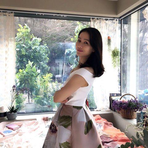 Shoulder, Window, Dress, Room, Photo shoot, Photography, Long hair, Interior design, Fashion design, Waist,