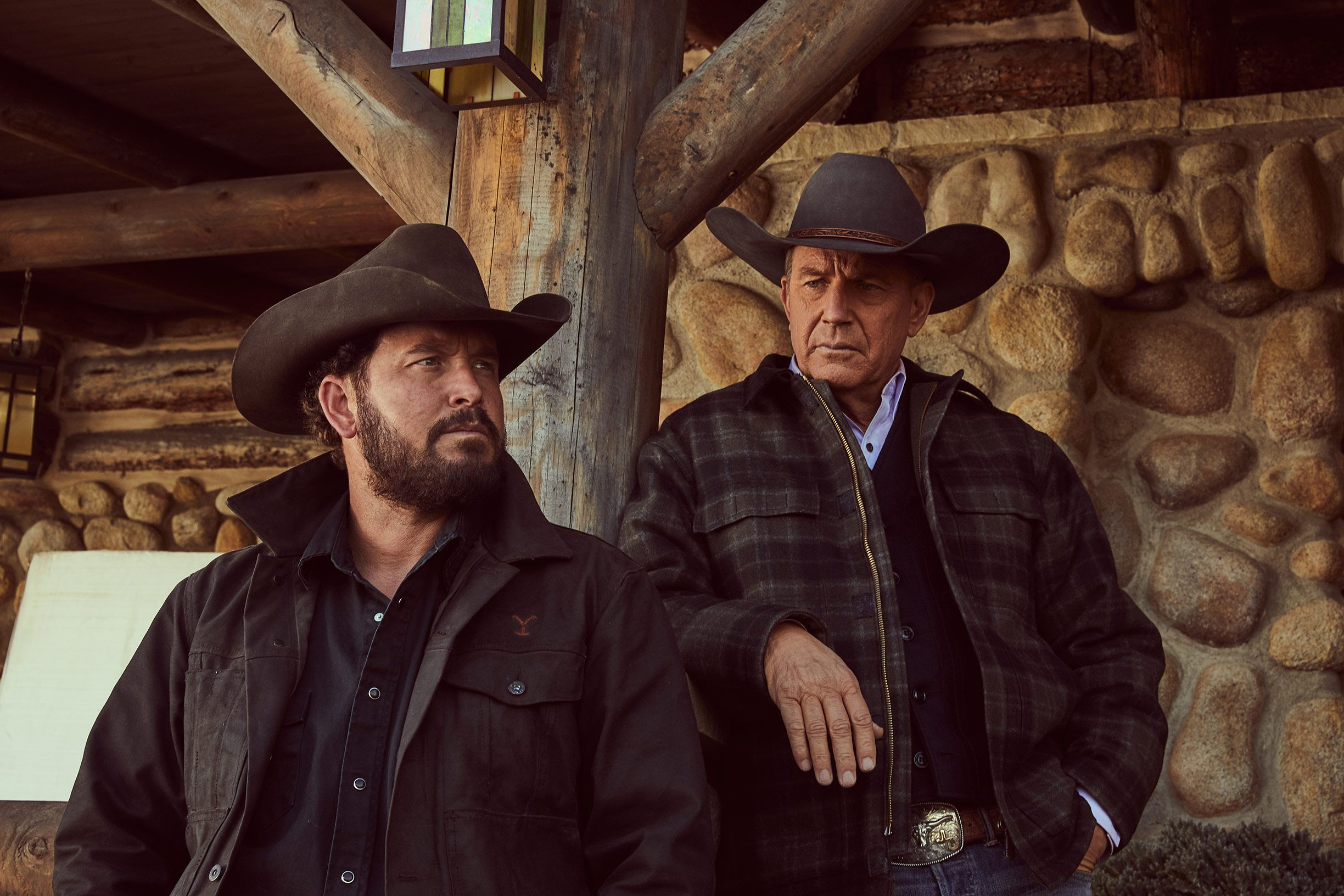 Yellowstone Cast - Yellowstone Show Season 2 Cast