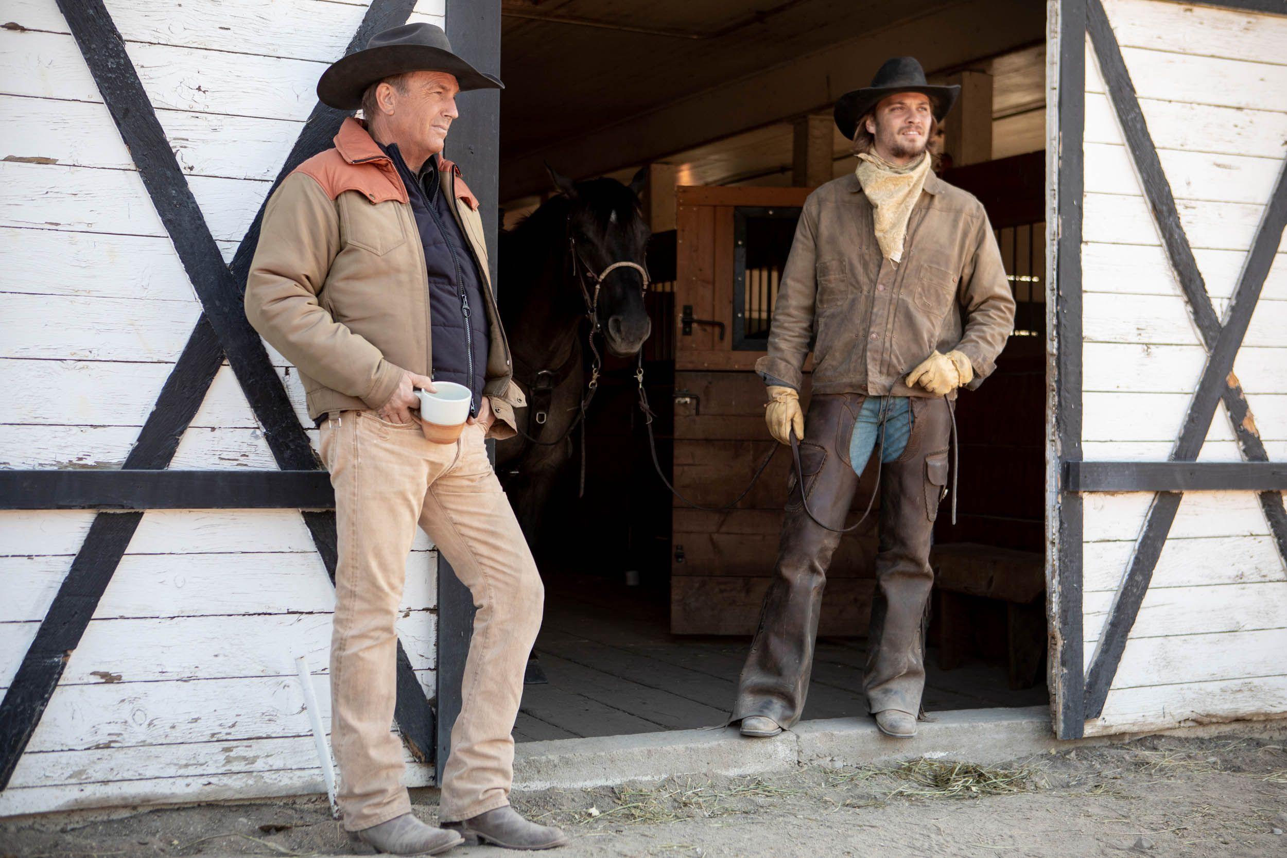In the Yellowstone Season Two Premiere, Bulls Ejaculate and a Cow Doctor Does Surgery on Kevin Costner