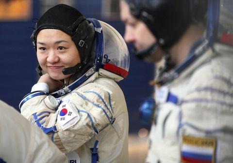 yi so yeon, the first korean woman in space