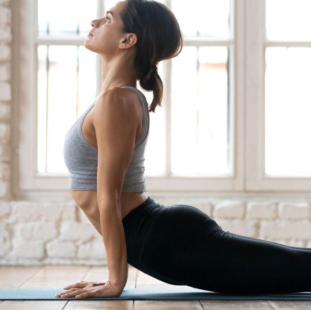 Physical fitness, Shoulder, Leg, Arm, Thigh, Human leg, Yoga, Sportswear, Joint, Standing,