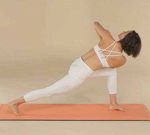 7 yoga poses that'll sculpt those sexy side abs  women's