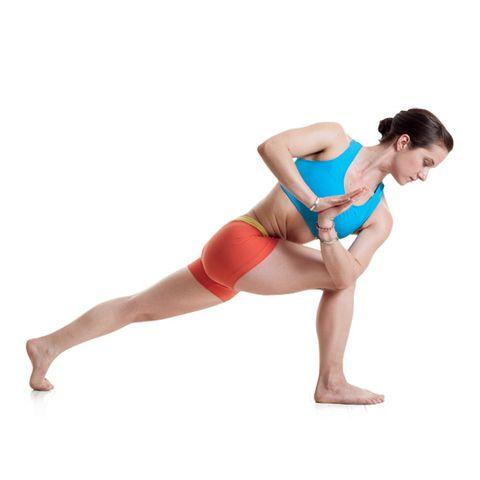 Master The Yoga Lunge