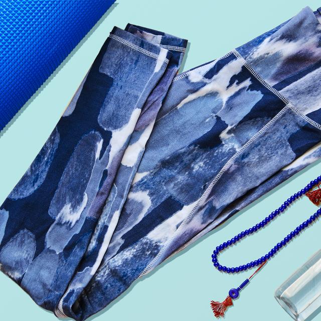 b6609f9895c65 10 Best Yoga Pants 2019 - Top-Rated Yoga Leggings and Joggers