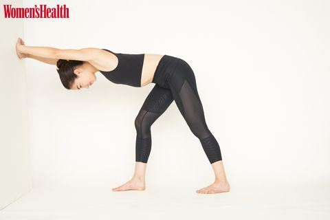 Tights, Clothing, Leg, Leggings, Joint, Sportswear, Waist, Knee, Physical fitness, Arm,