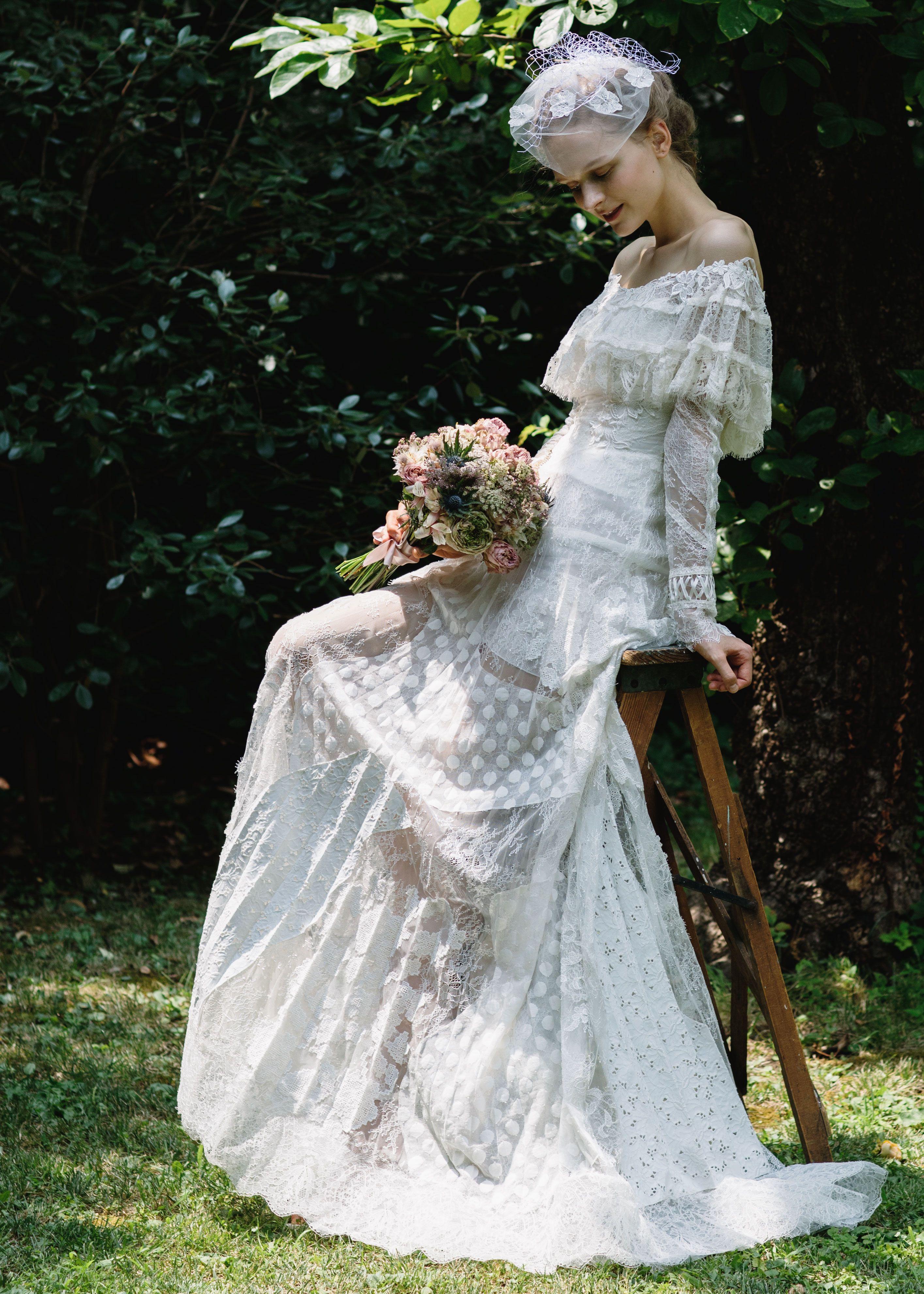 f60ecc2ce266f フィオーレビアンカ」が厳選! 可憐な花嫁になれるフェミニンドレス8選