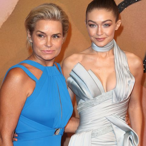 the fashion awards 2016   red carpet arrivals
