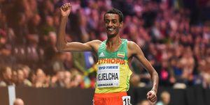 Yomif Kejelcha en la Media Maratón de Valencia