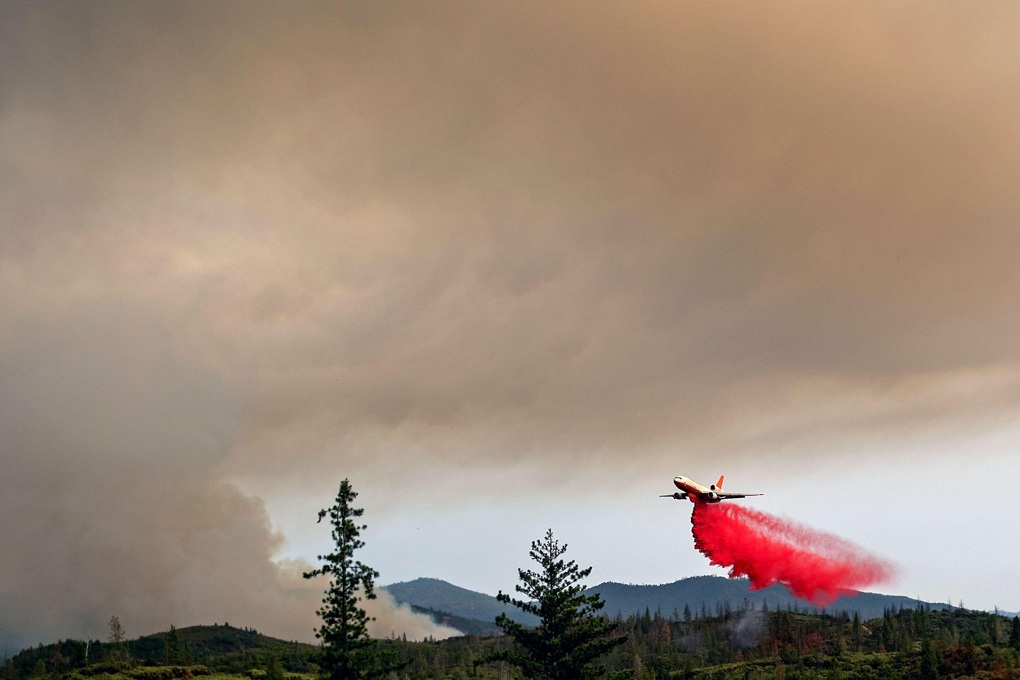 Ferguson wildfire near Yosemite National Park