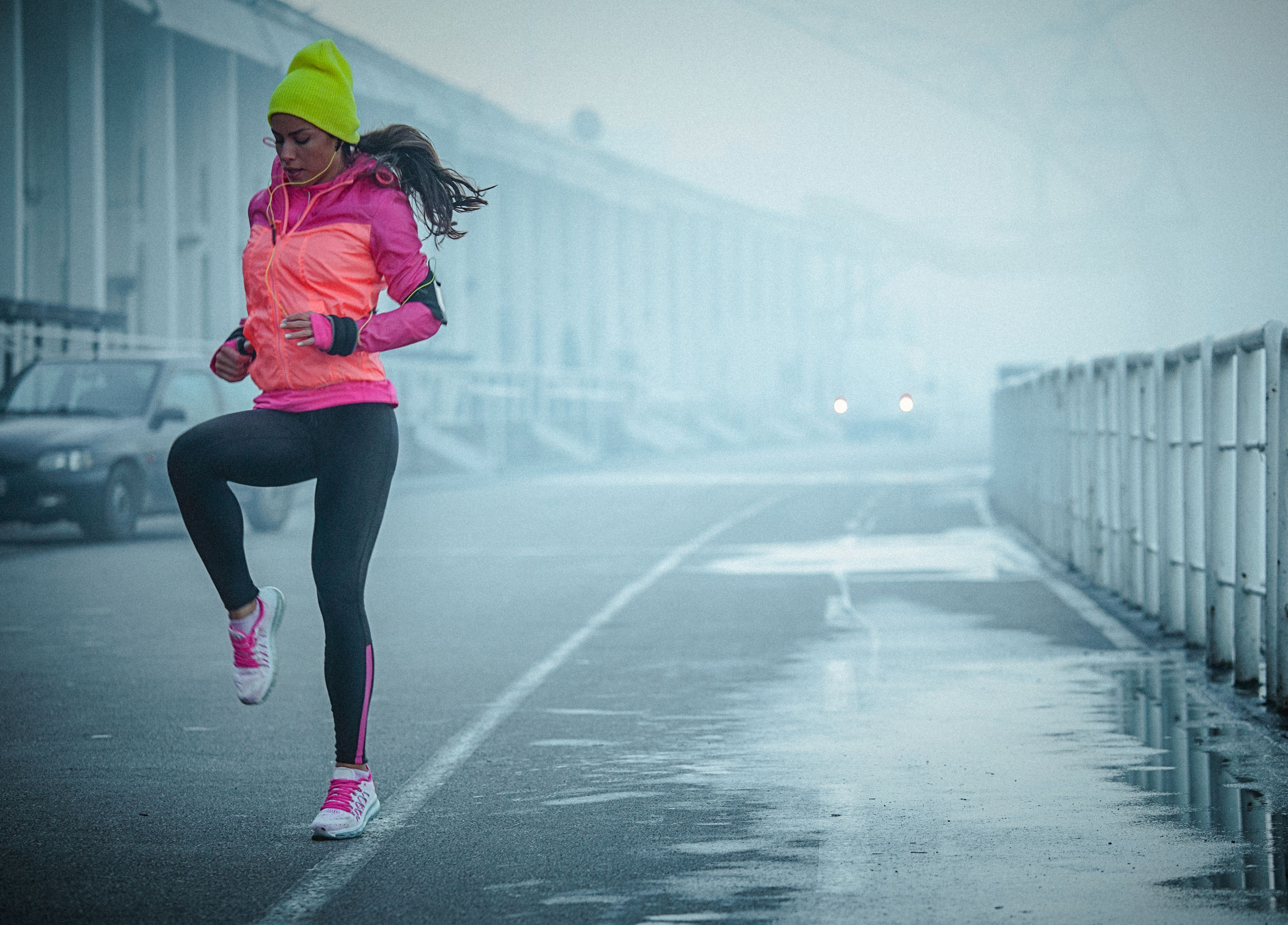 This Dynamic Running Warm-Up Takes Less Than 5 Minutes