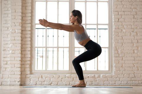 8組有感瘦腿「深蹲運動」!一天15分鐘,改善下半身泡芙水腫,鍛鍊肌耐力(內附影音教學)