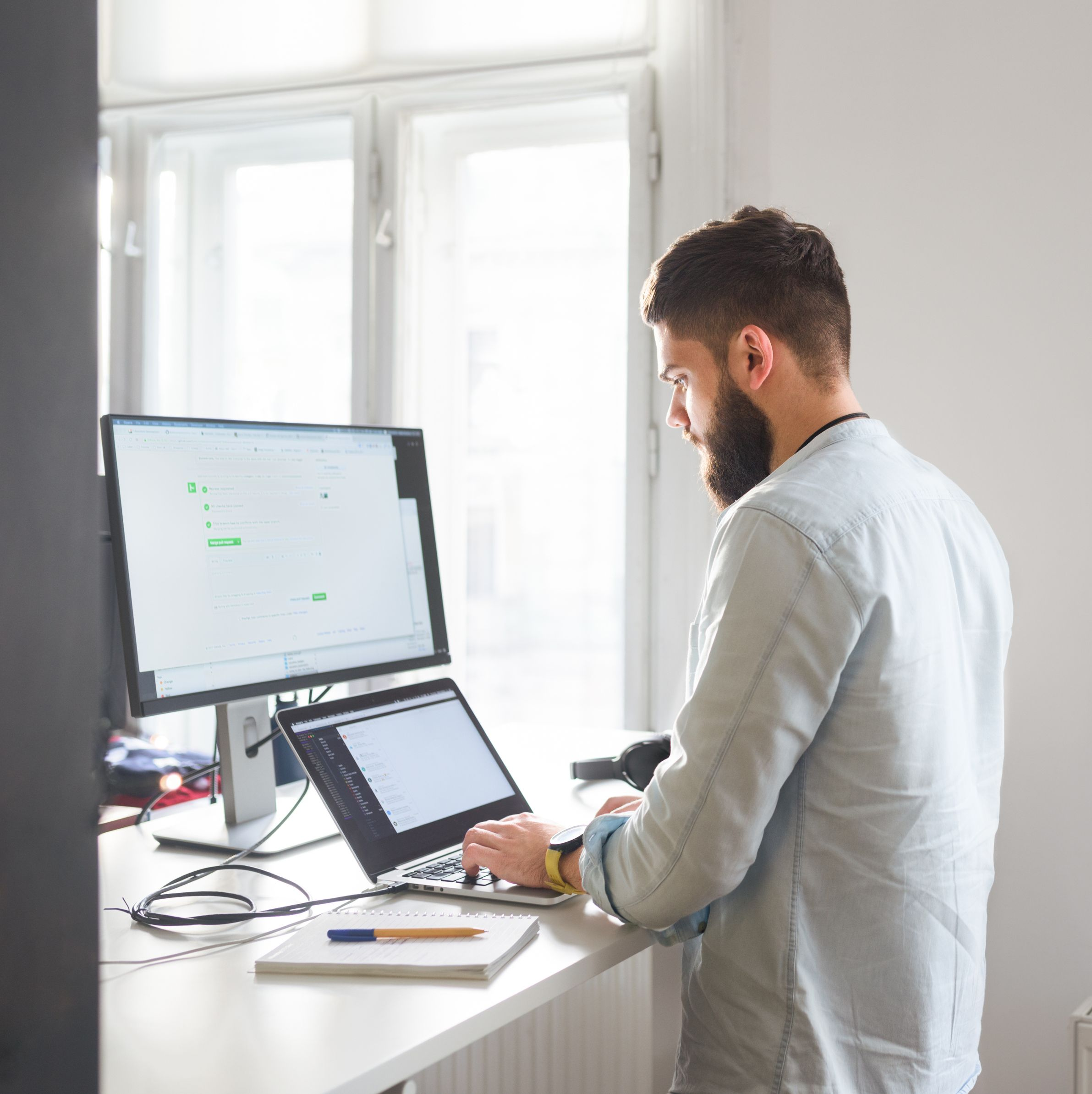 To Sit or Not to Sit: Can We Finally Stop Using Standing Desks?