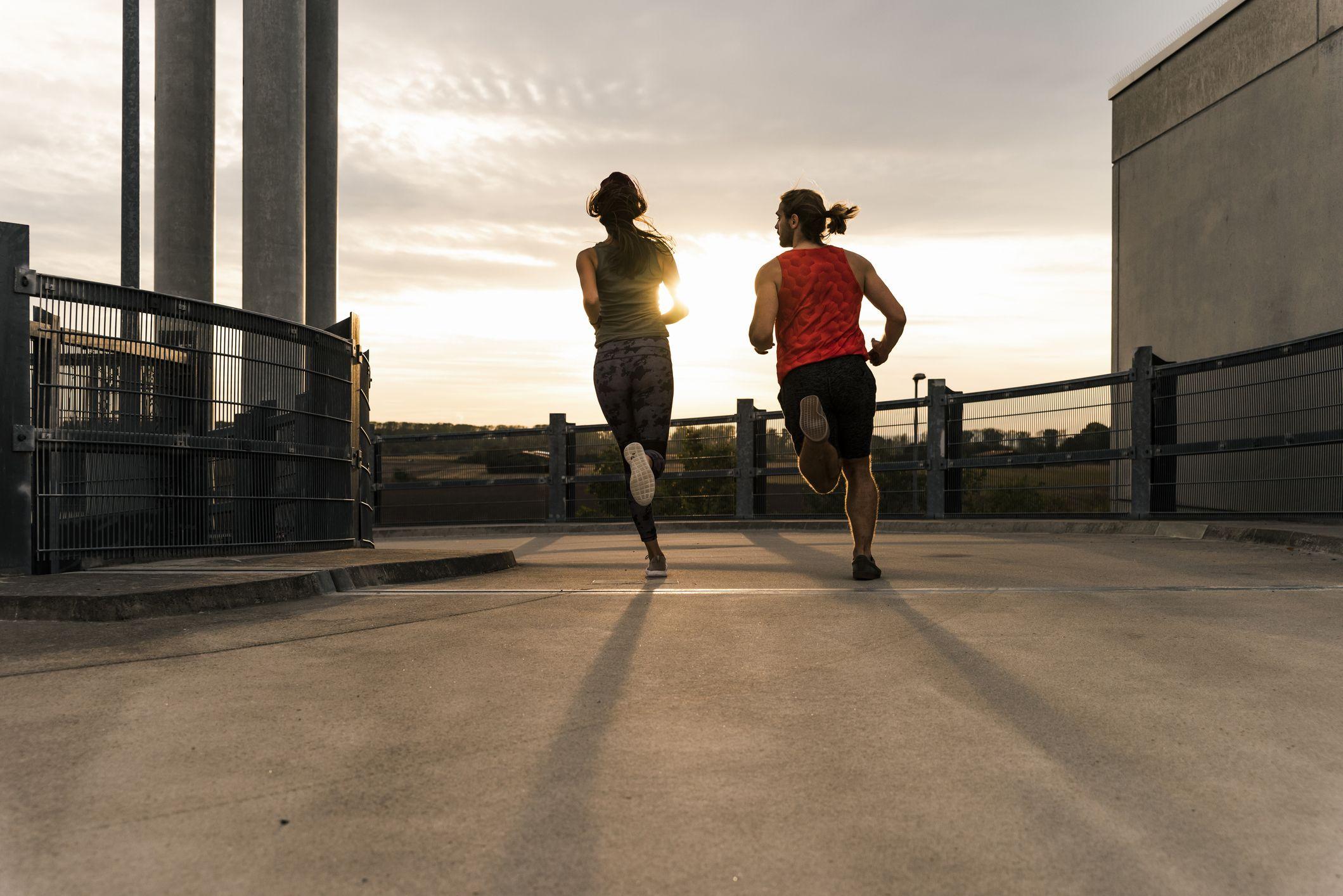 correr por la mañana antes o despues de desayunar