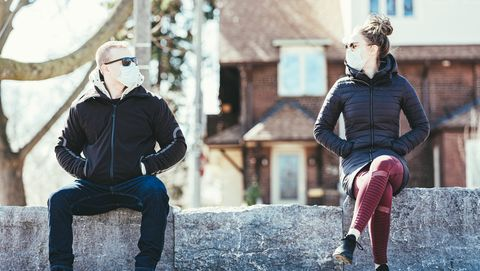 covid 19, young couple meeting outside