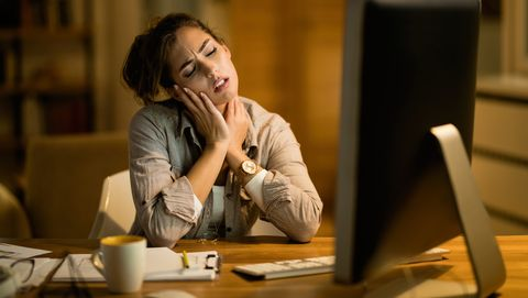 Pijn in nek tijdens het werken