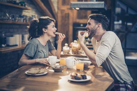吃對早餐能多燃燒500大卡、等同慢跑一小時?看營養師盤點「減肥早餐」的3大秘訣禁忌!