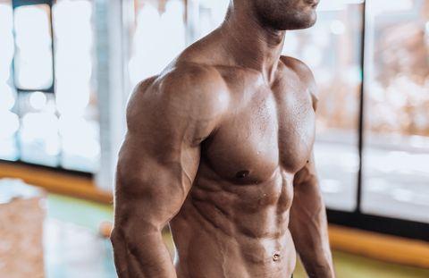 el mejor truco para entrenar bíceps en casa